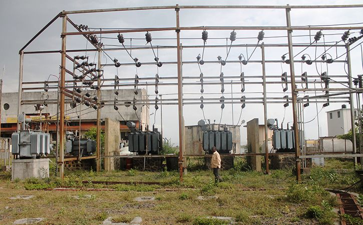 Centre Plans To Make Discoms Pay For Load Shedding