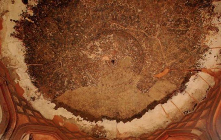 Conservators Discover Hidden Mughal Treasure Near Humayun Tomb