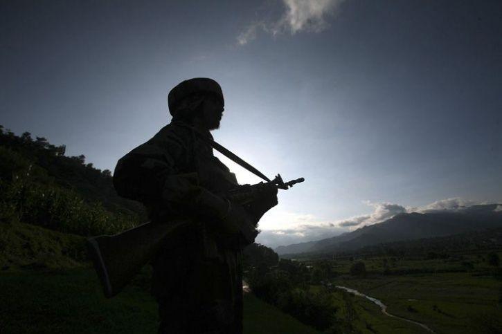 CRPF Jawans Break Ramzan Fast