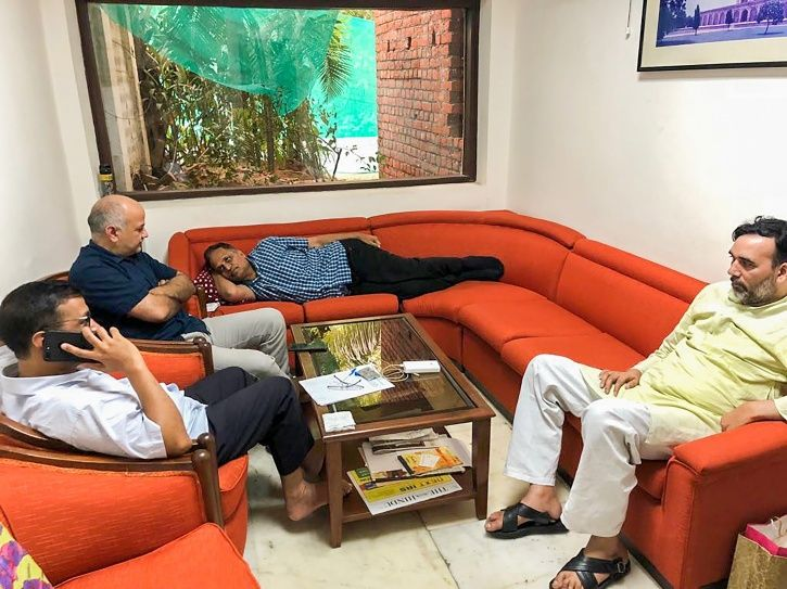 Dharna At LG Office Is Fine But What About Deadly Delhi Pollution, Kejriwal?