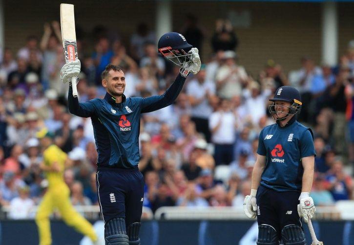 England scored 481/6