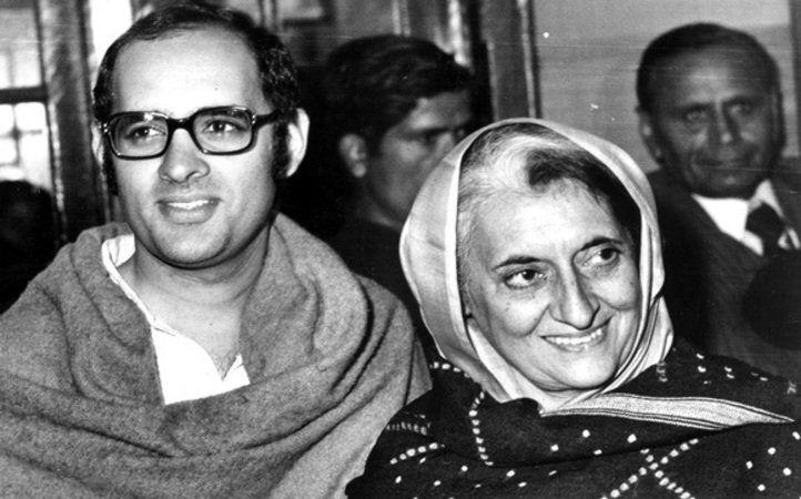 I Indira Gandhi Sanjay