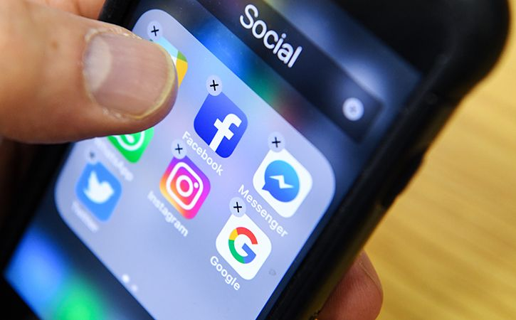 Imams Click On Social Media To Fight Fake News