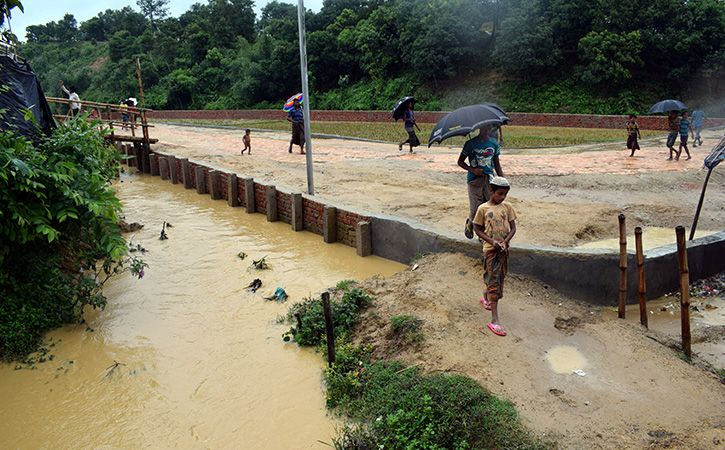 Officials Struggle To Protect Rohingya Refugees Ahead Of Peak Monsoon