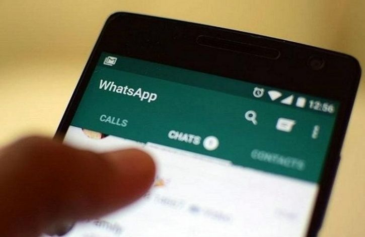 People Are Quickly Believing Fake News On WhatsApp, Over 12 People Lynched In Last Two Months