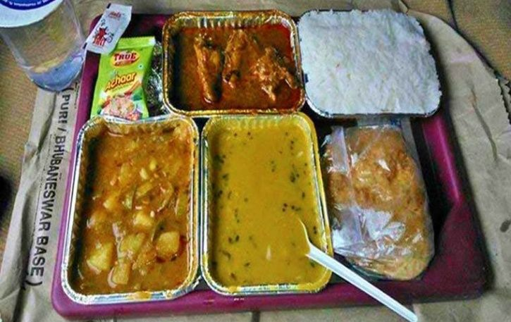 Railways To Deploy Undercover Men To Check If Dirty Food Isn't Offered To You On Trains