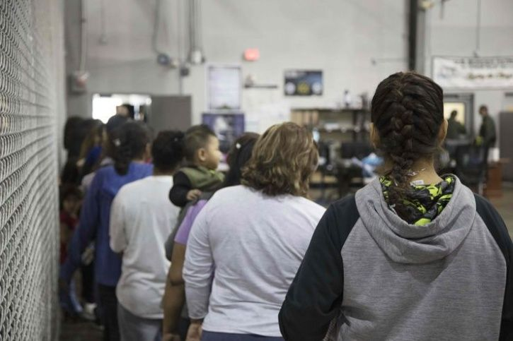 US First Glimpse Of Immigrant Children