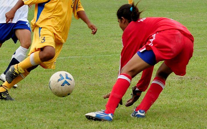 Woman Footballer Slaps Coach