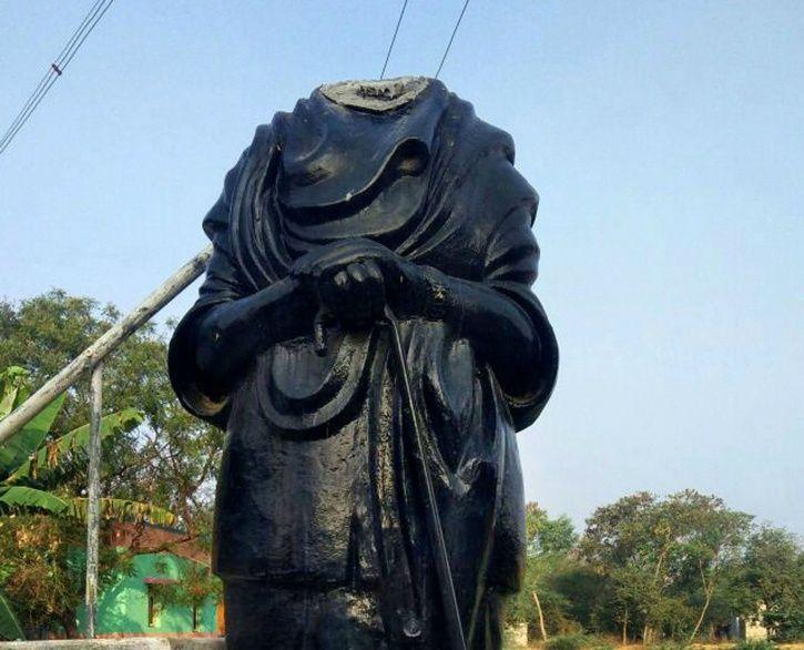 Beheading Periyar Statue In Tamil Nadu