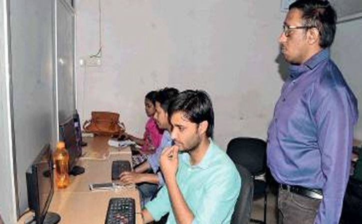 blind job seeking Jaipur lad now a job creator