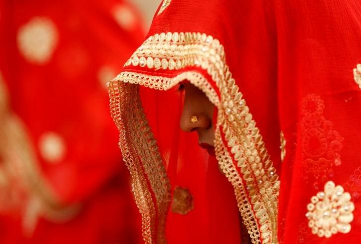 Bride get married