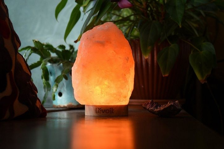 Do The Charming Himalayan Salt Lamps Live Up To Their Imposing Health Claims?