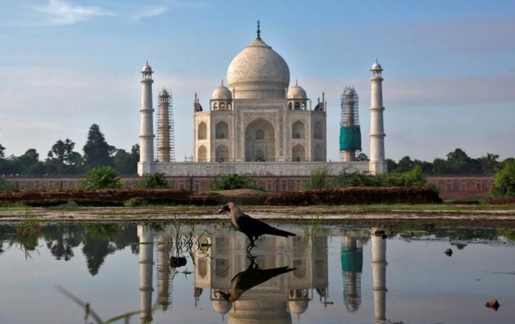 From April, Tourists Can Stay At Taj Mahal Only For 3 Hours