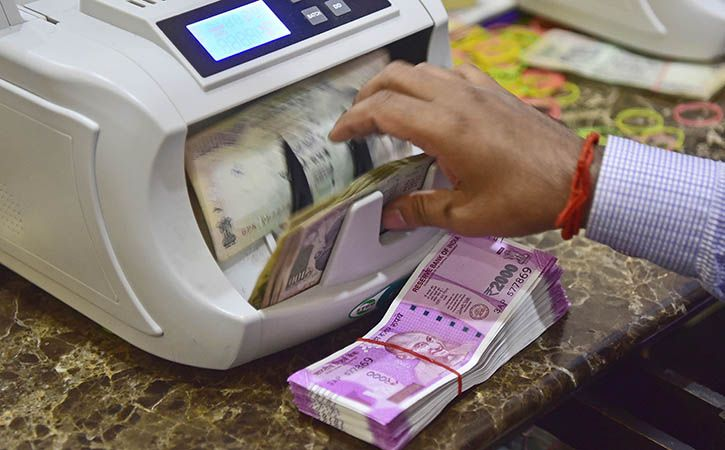 IT Sleuths Unearth Rs 3200 Crore TDS Scam