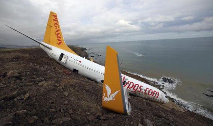 Putin bomb threat passenger plane