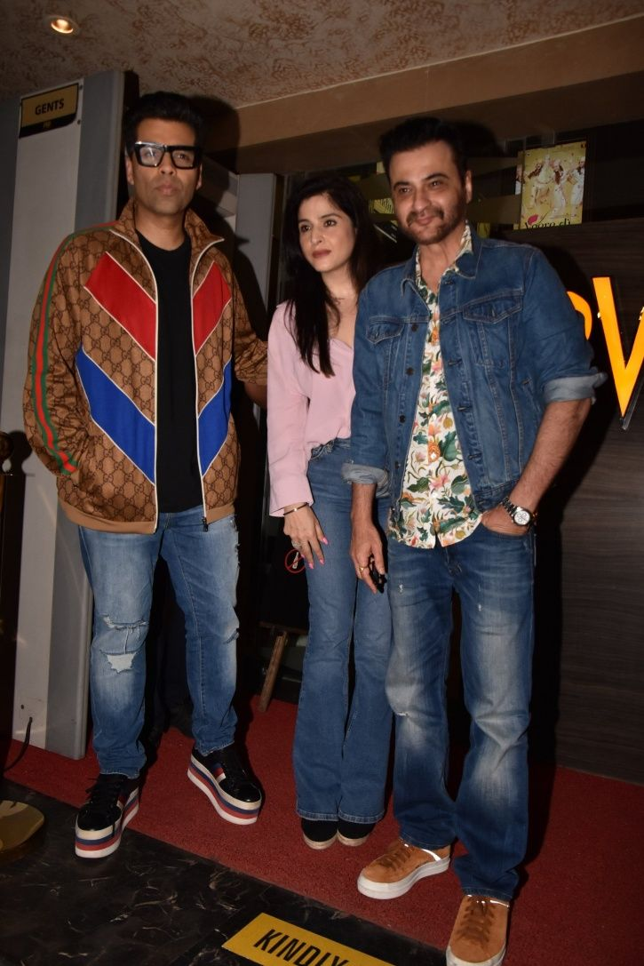 All Bollywood stars gather to attend Veere Di Wedding screening.