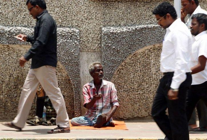 Begging No Crime