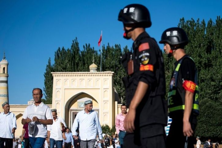 China Calls On All Mosques To Raise National Flag