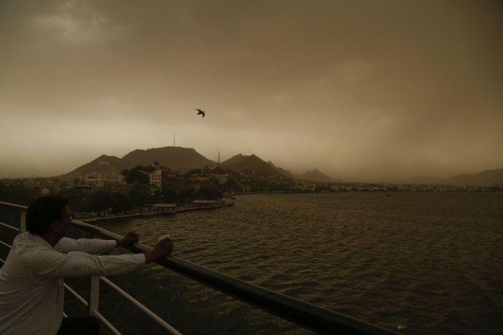 Delhi Sandstorm
