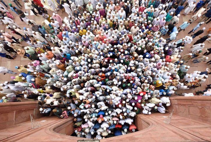 embed delhi population