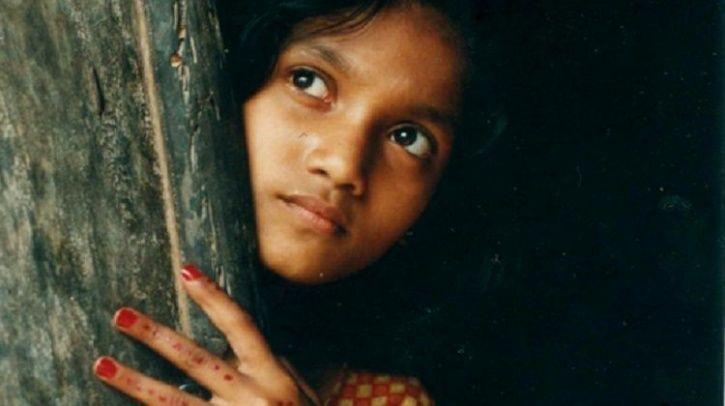 embed girl child