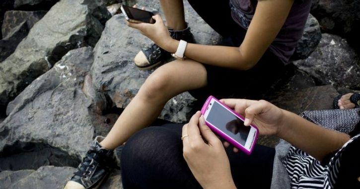 embed indian smartphones