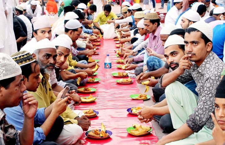 Hindu Prisoners Are Observing Ramzan Fasts With Muslim Inmates