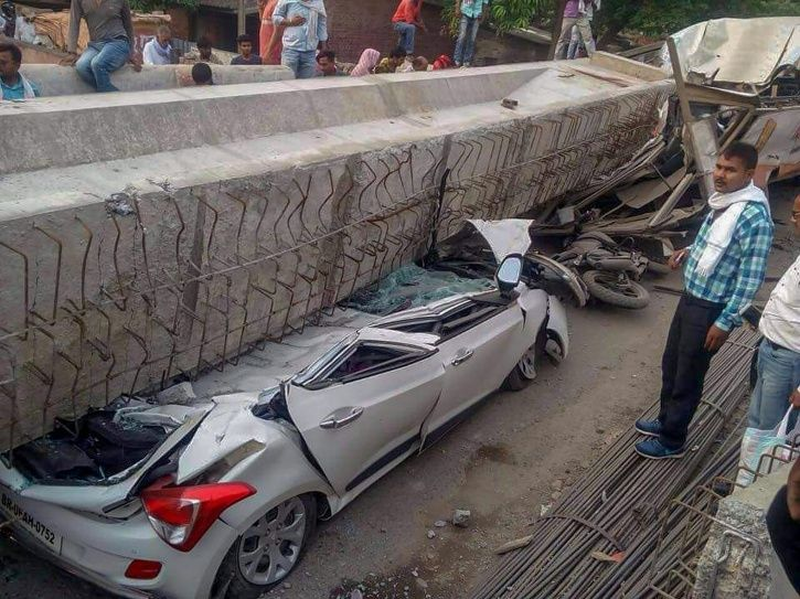 Hospital Staff Demand Bribe From Relatives Of Varanasi Flyover Collapse Victims For Postmortem