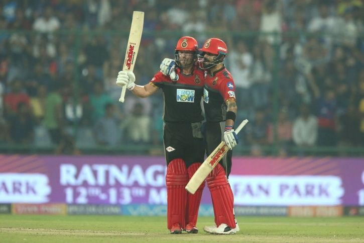 Kohli and ABD put on 118 for the 3rd wicket