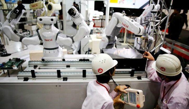 robots replacing jobs