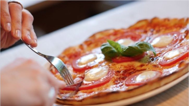 Scientists Have Found The Enzyme That Prevents Fat Build Up From Pizzas And Burgers In The Body