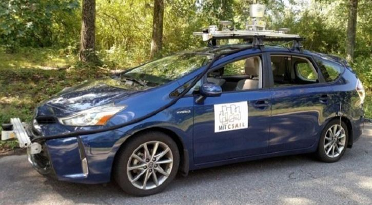 Self-driving car that will navigate rural areas without road signs