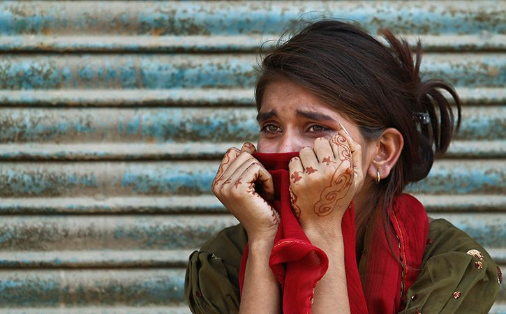 Teen Waiting For Bus Allegedly Gang Raped By Auto Driver