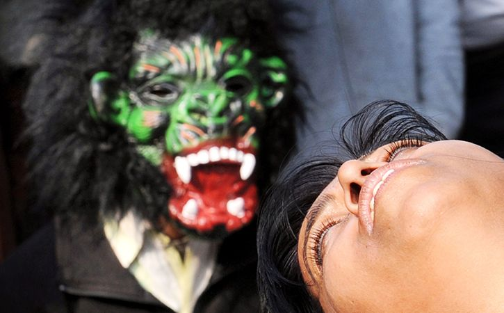 Warden Dresses Up As Ghost Molests Girls At Night In Up
