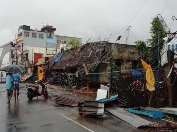 6 Killed As Cyclone Gaja Makes Landfall In Tamil Nadu, More Than 76,290 People Evacuated