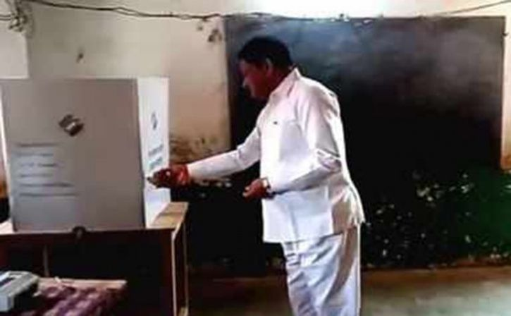 Chhattisgarh Minister Performs Puja Inside Polling Booth