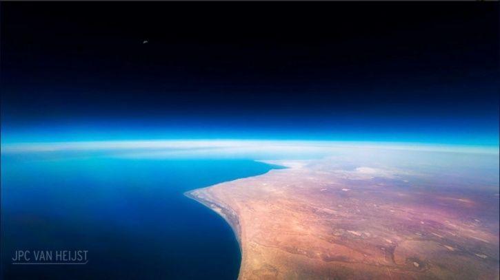 Christiaan Van Heijst, Netherlands, cargo pilot, boeing, photos, northern lights