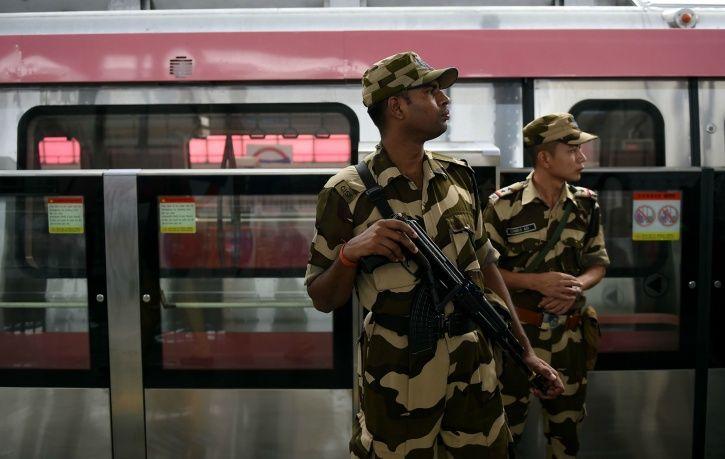 Delhi Metro Rail Corporation, crimes, pick pocketing, tracks, suicide, CISF, police