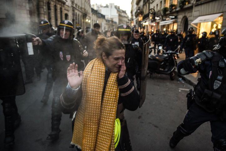 France, yellow vest, protesters, Emmanuel Macron, fuel prices, Paris, police