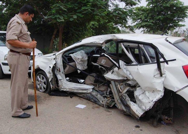 Good samaritans, metros, police, SaveLIFE foundation, road accidents, legal aid