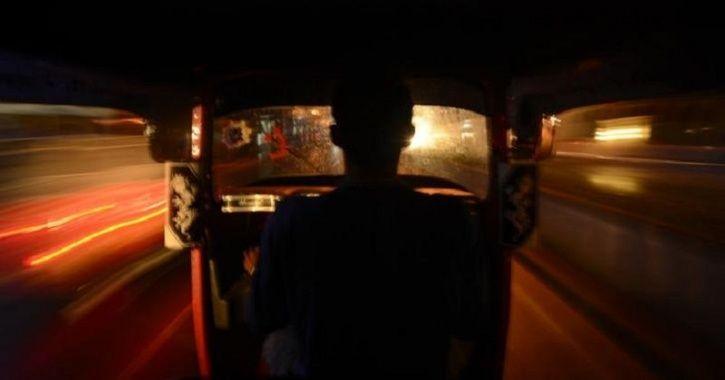 Kolkata auto driver assaults woman