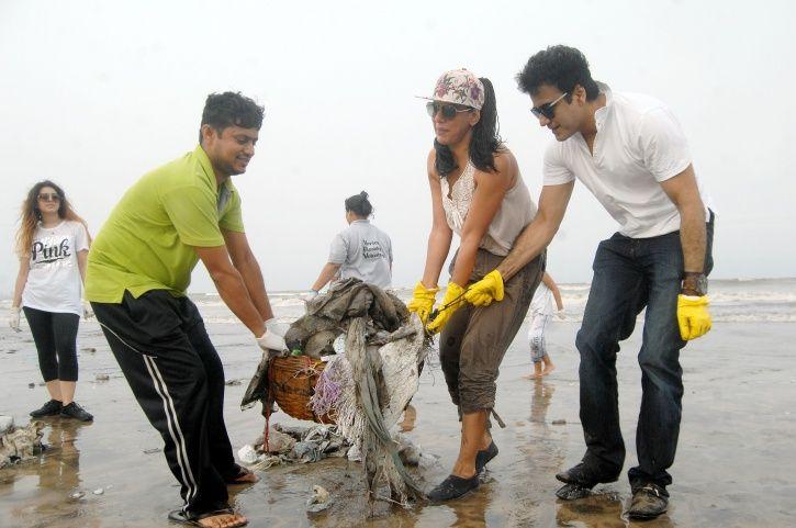 Mumbai warriors, beach clean-up, Afroz Shah, versova, Dadar, garbage