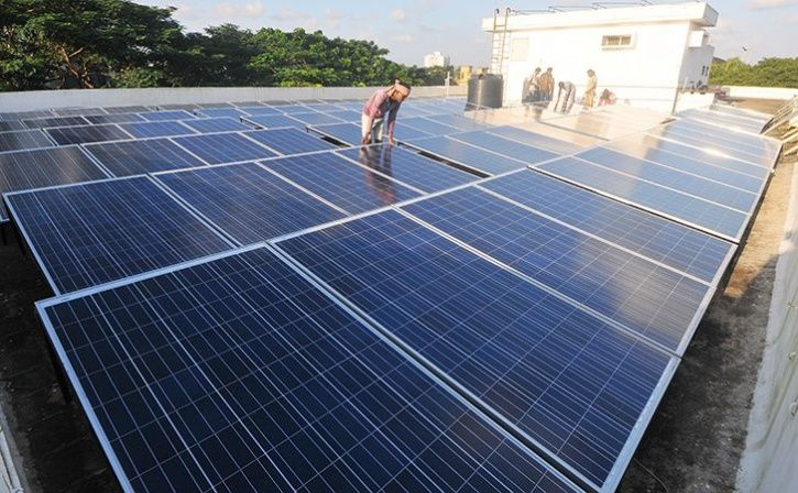 people from kochi using solar power to save environment