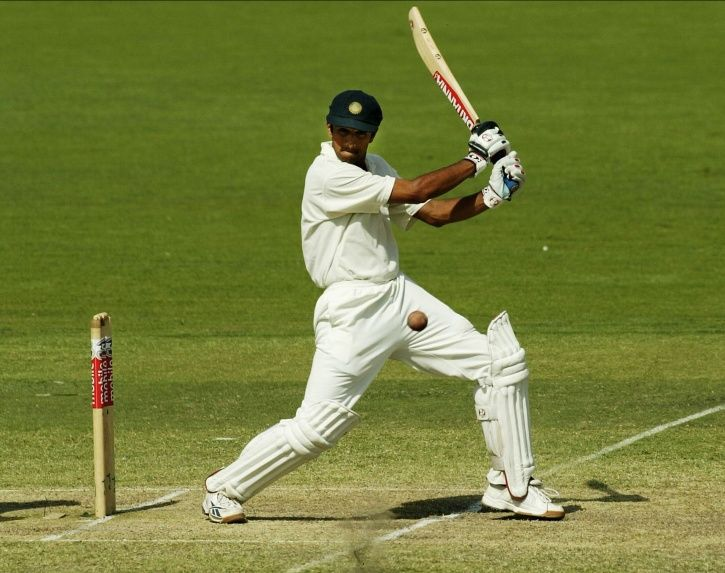 Rahul Dravid made 72 not out.