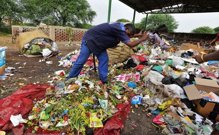 Rajkot Sanitation Workers Get Public Honour For Keeping The City Clean