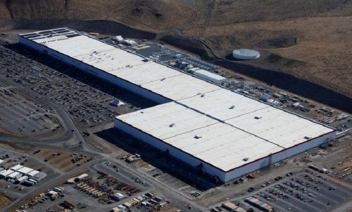 Tesla, Elon Musk, Twitter, Musk Tweets, Tesla India, Tesla Gigafactory, Tesla Cars, Electric Vehicle