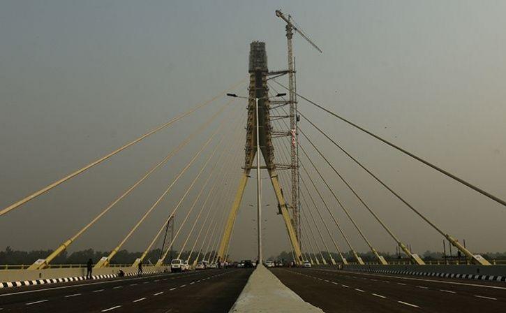 Two Motorbike- Borne Youths Killed While Performing Stunts At Signature Bridge