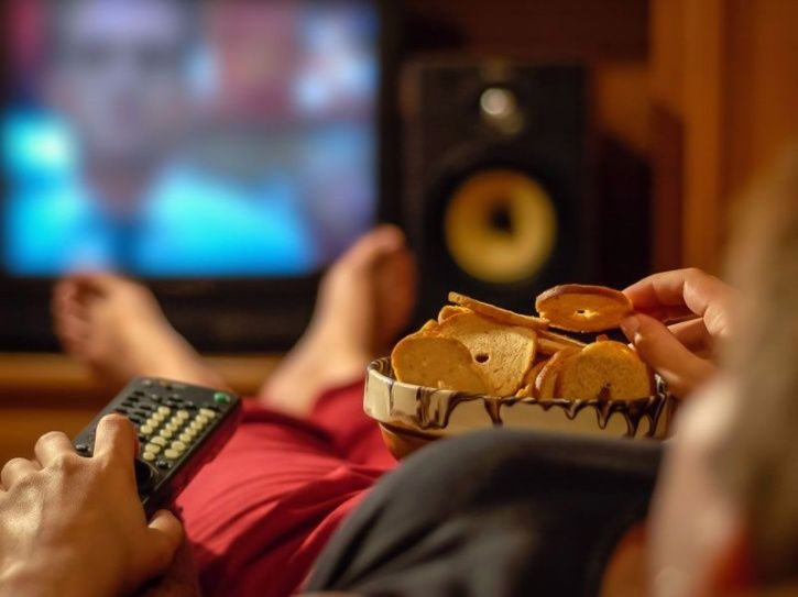 Watching More Than 2 Hours & 12 Minutes Of TV Everyday Can Lead To An Early Death