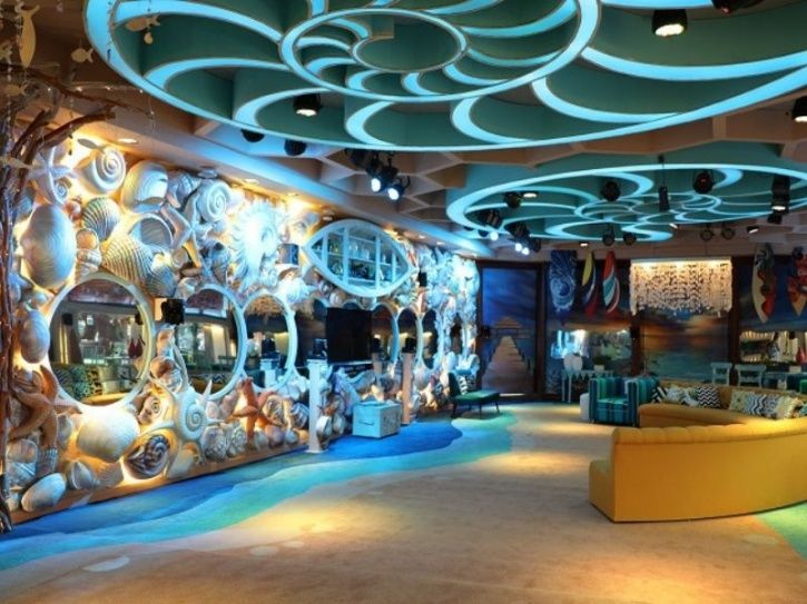 Bigg Boss House has a lot of mirrors.