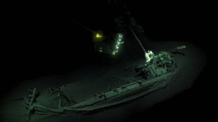 Black sea, shipwreck